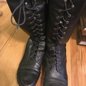 Shoes - Black laced boots